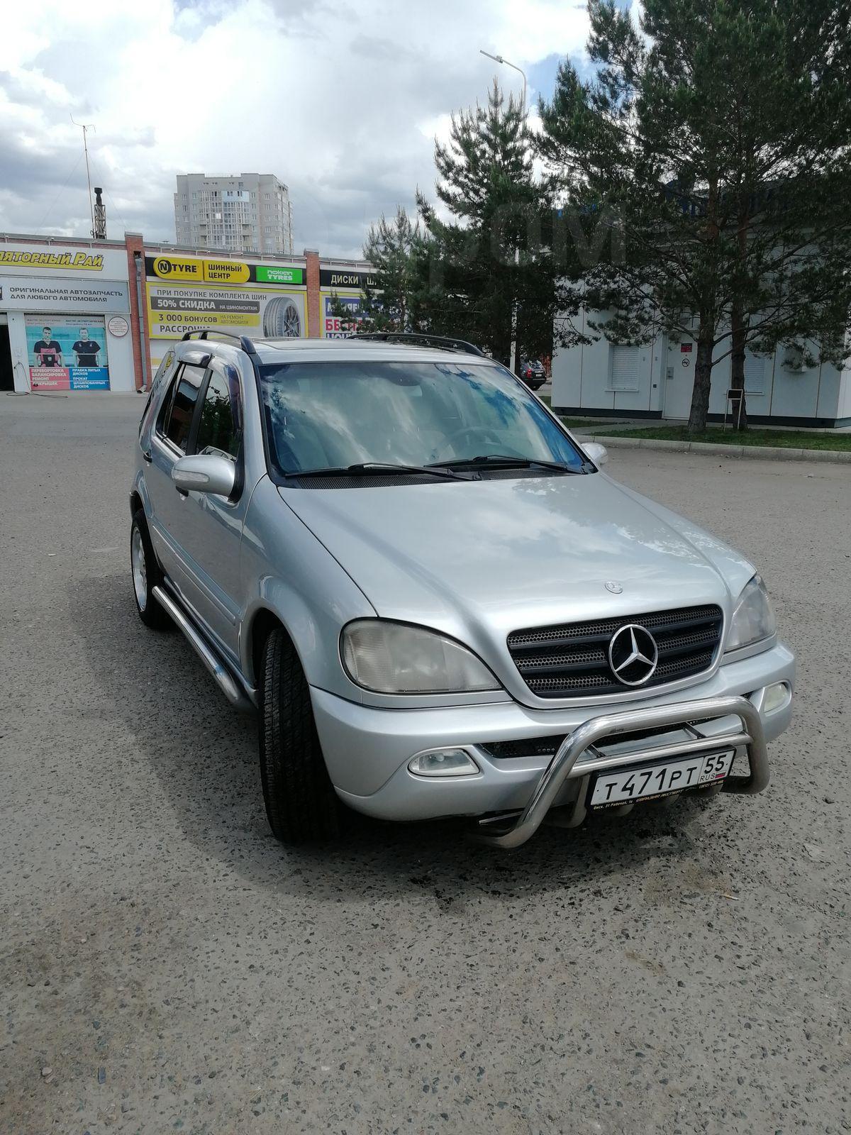 Mercedes Benz M Class 2002 в Омске Авто в отРичном состоянии меняю