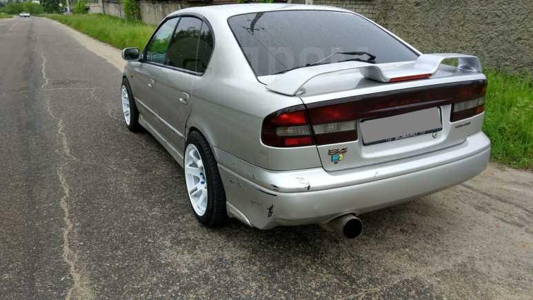 Subaru Legacy B4, 2000 год, 238 000 руб.