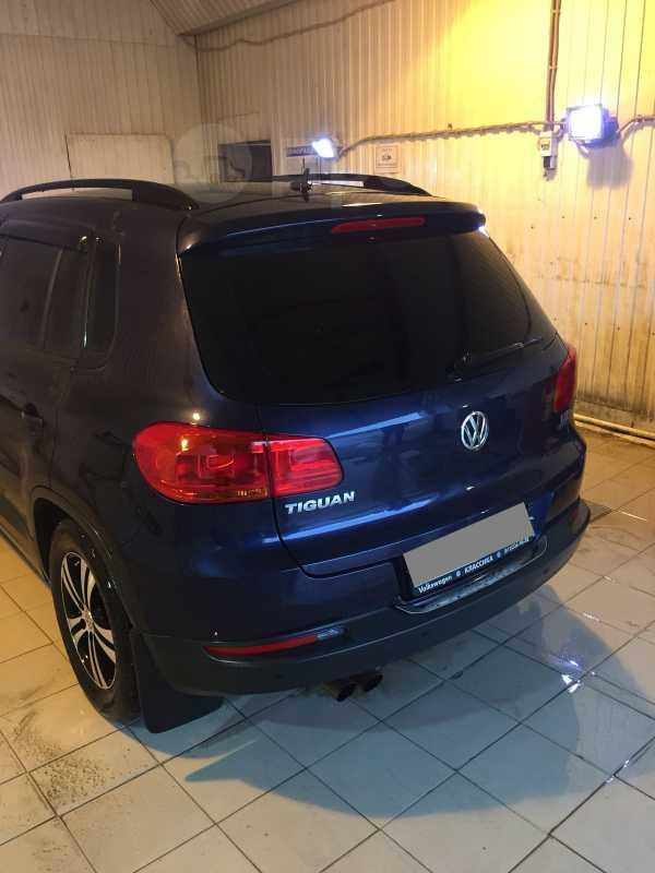 Volkswagen Tiguan, 2012 год, 640 000 руб.