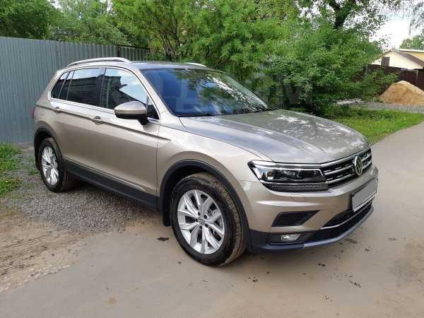 Volkswagen Tiguan, 2017 год, 2 000 000 руб.