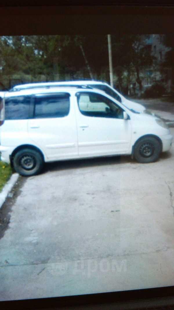 Toyota Funcargo, 2005 год, 205 000 руб.