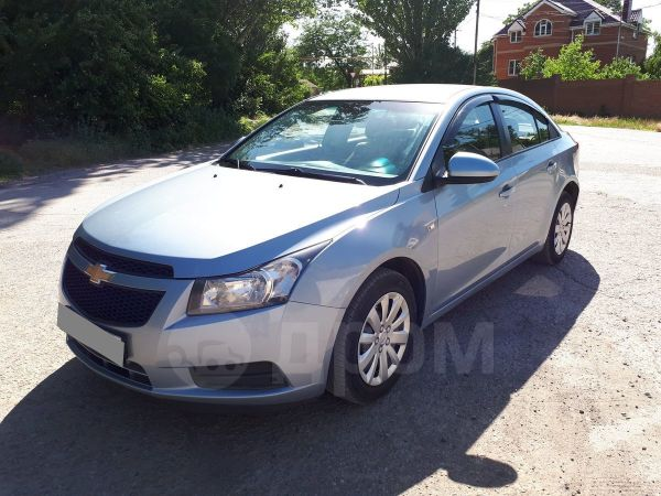 Chevrolet Cruze, 2011 год, 385 000 руб.