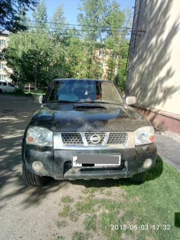 Nissan NP300, 2012 год, 790 000 руб.