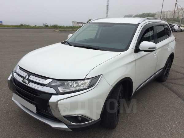 Mitsubishi Outlander, 2015 год, 1 300 000 руб.