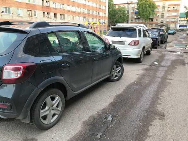 Renault Sandero Stepway, 2015 год, 565 000 руб.
