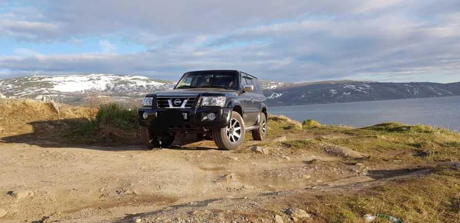 Nissan Patrol, 2004 год, 1 120 000 руб.