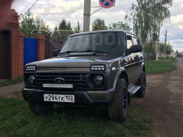 Лада 4x4 Урбан, 2015 год, 450 000 руб.