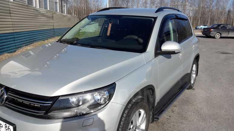 Volkswagen Tiguan, 2011 год, 650 000 руб.
