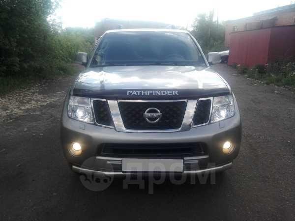 Nissan Pathfinder, 2011 год, 1 195 000 руб.