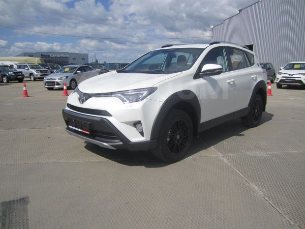Toyota RAV4, 2018 год, 1 988 000 руб.