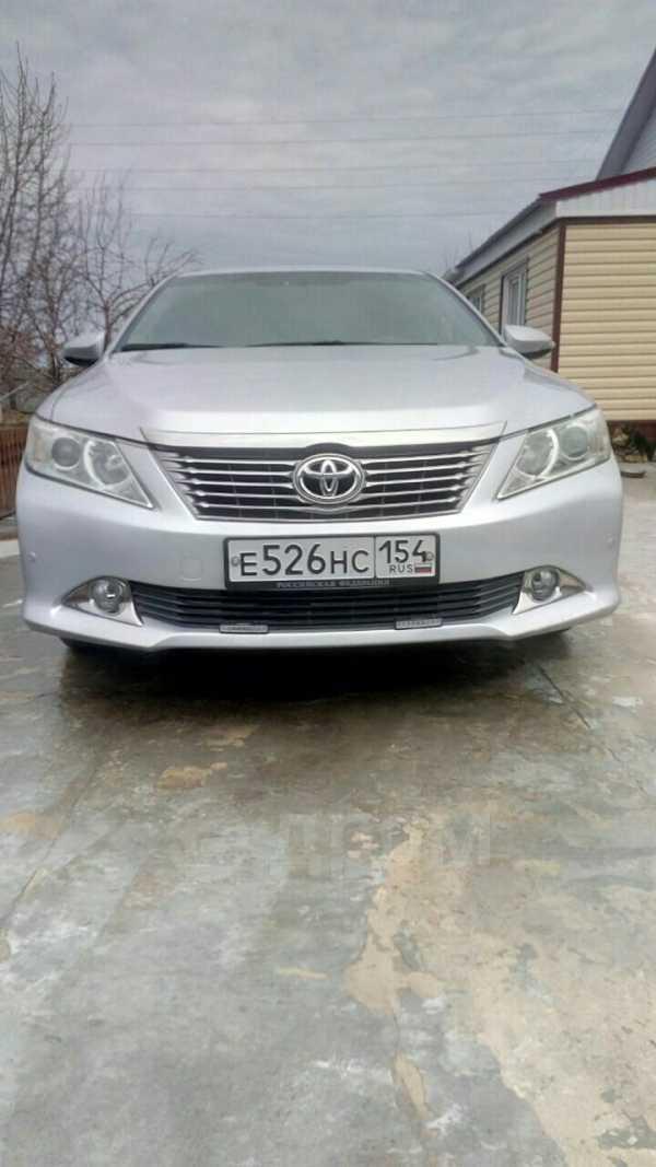 Toyota Camry, 2013 год, 970 000 руб.
