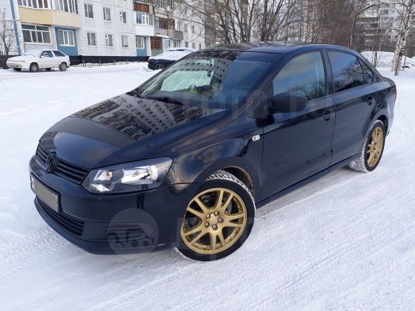 Volkswagen Polo, 2010 год, 300 000 руб.