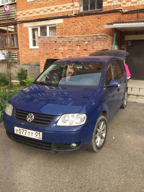 Volkswagen Touran, 2006 год, 350 000 руб.
