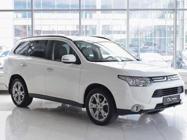 Mitsubishi Outlander, 2012 год, 1 055 000 руб.