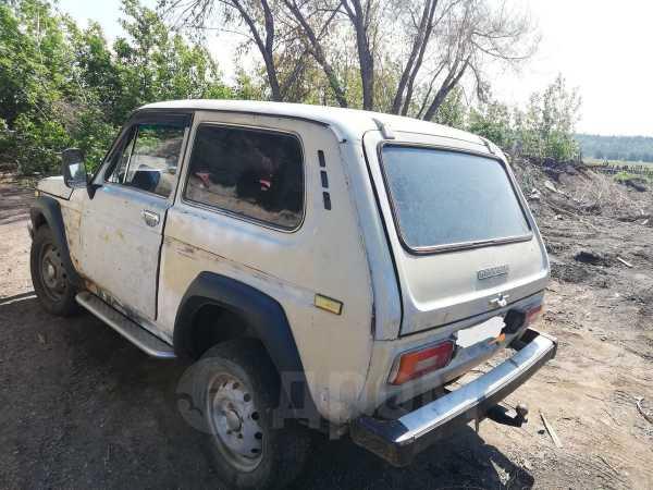 Лада 4x4 2121 Нива, 1982 год, 130 200 руб.