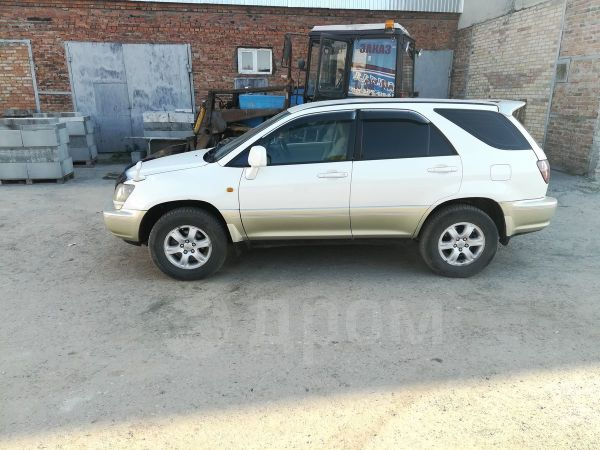 Toyota Harrier, 1999 год, 440 000 руб.