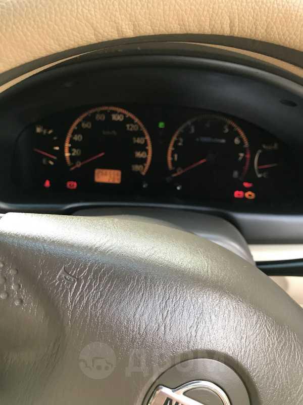 Nissan Bluebird, 2001 год, 280 000 руб.