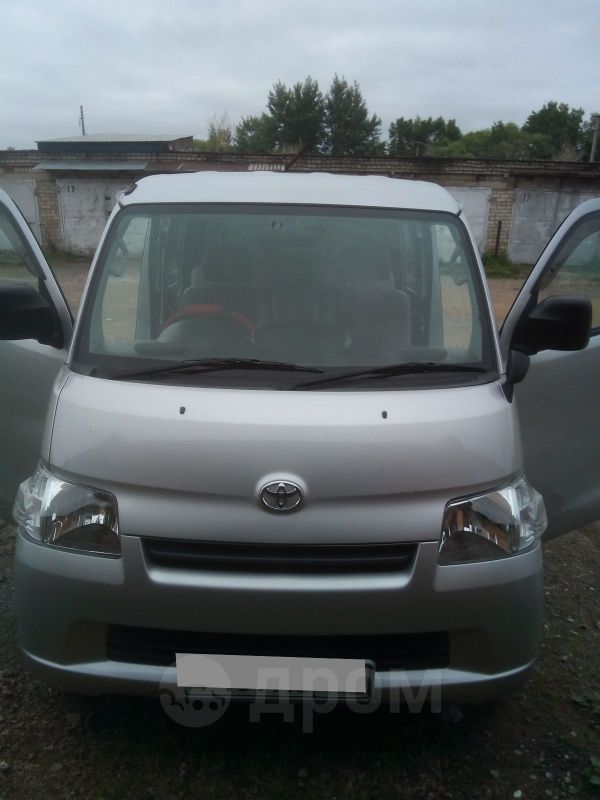 Toyota Town Ace, 2011 год, 530 000 руб.