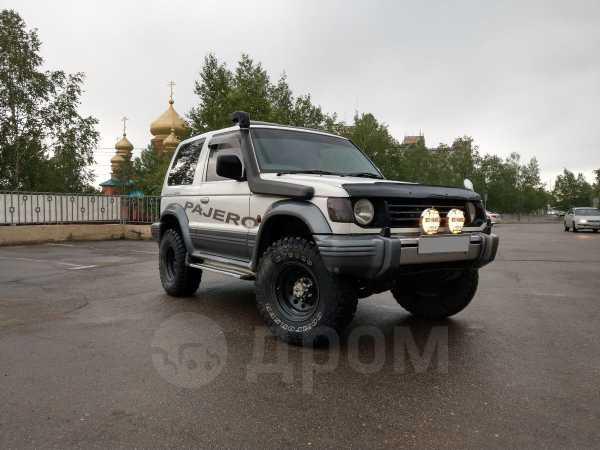 Mitsubishi Pajero, 1993 год, 294 000 руб.