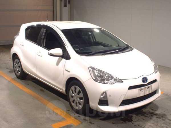 Toyota Aqua, 2014 год, 670 000 руб.