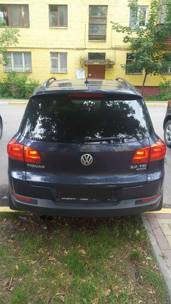 Volkswagen Tiguan, 2012 год, 750 000 руб.
