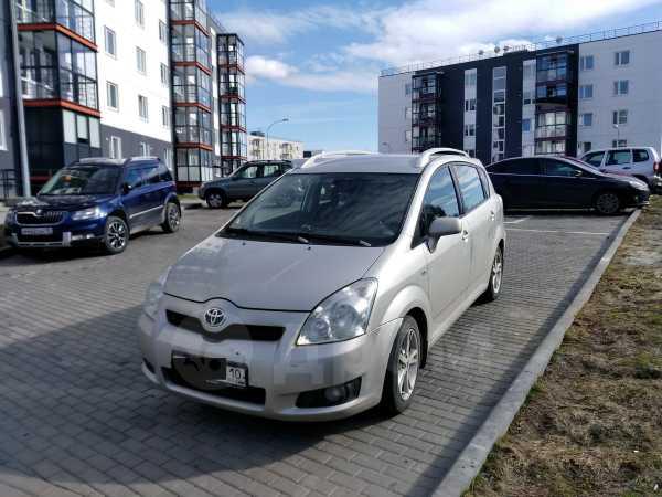 Toyota Corolla Verso, 2007 год, 439 000 руб.