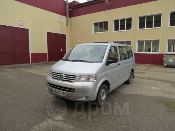 Volkswagen Transporter, 2004 год, 570 000 руб.