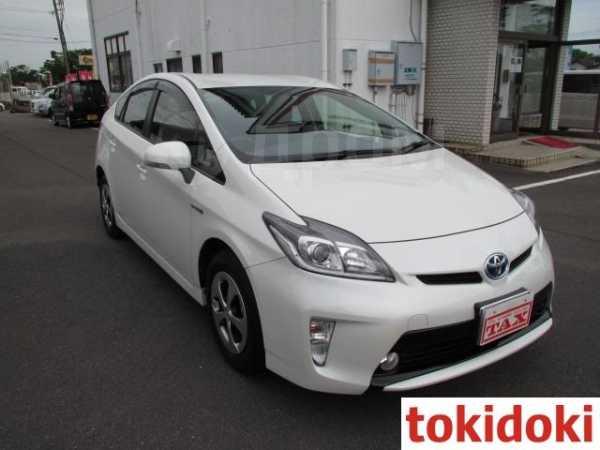 Toyota Prius, 2015 год, 850 000 руб.