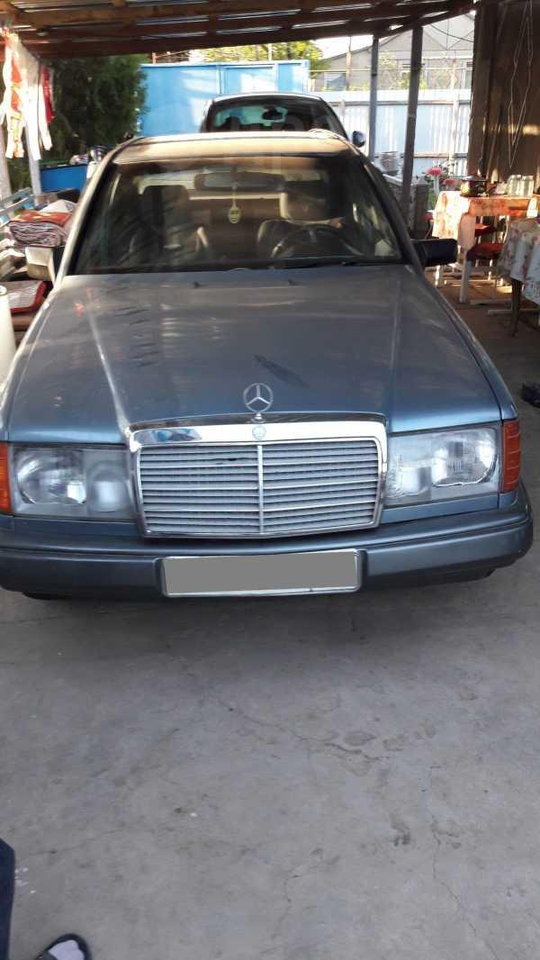 Mercedes-Benz C-Class, 1985 год, 130 000 руб.