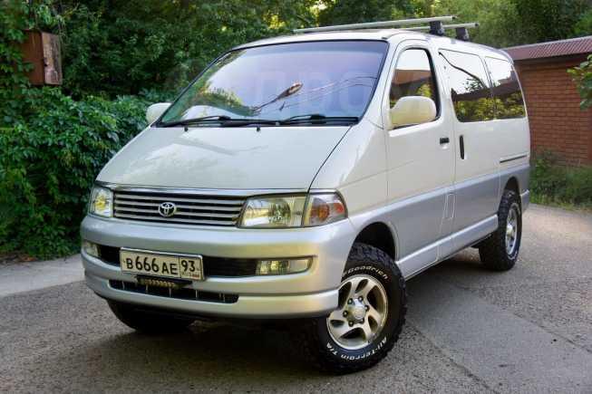 Toyota Hiace Regius, 1997 год, 850 000 руб.