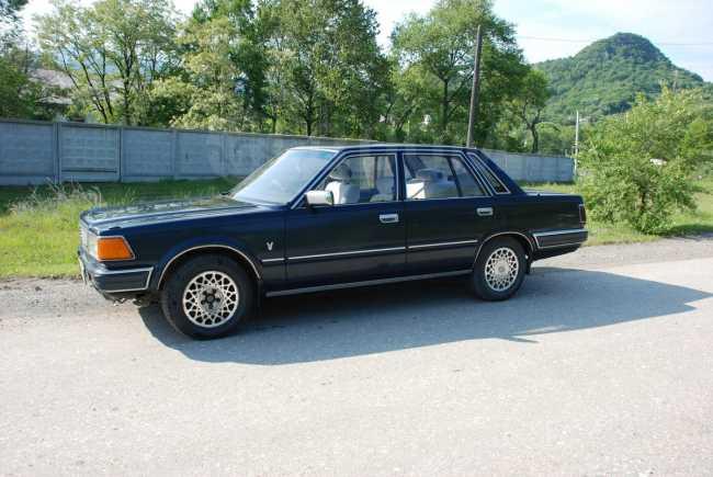 Nissan Gloria, 1986 год, 190 000 руб.