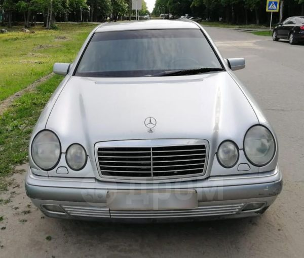 Mercedes-Benz E-Class, 1998 год, 235 000 руб.