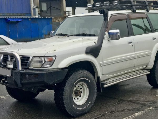 Nissan Safari, 1998 год, 500 000 руб.