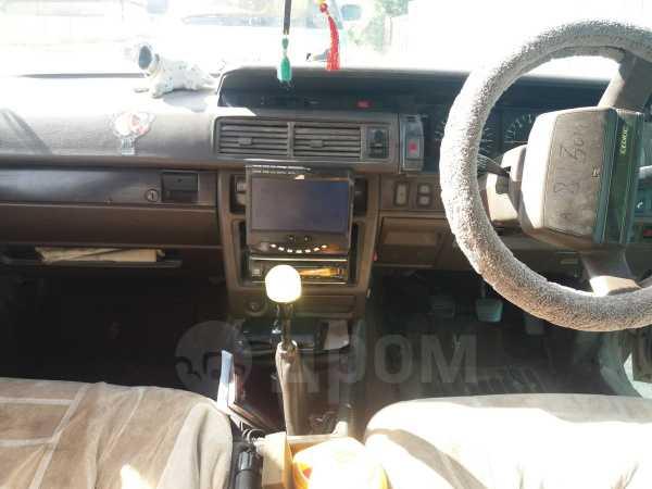 Nissan Cedric, 1988 год, 110 000 руб.