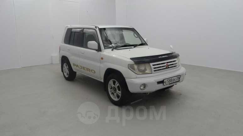 Mitsubishi Pajero iO, 2000 год, 330 000 руб.