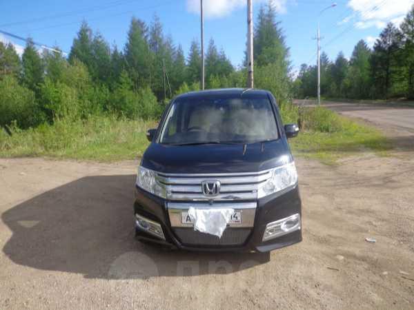 Honda Stepwgn, 2010 год, 890 000 руб.