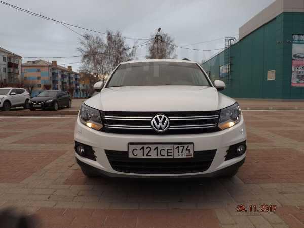 Volkswagen Tiguan, 2013 год, 810 000 руб.