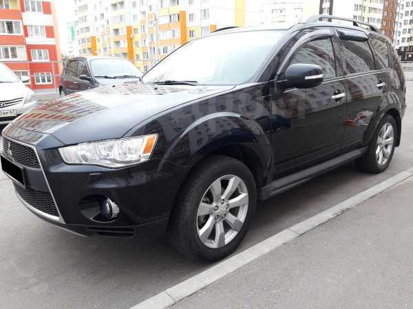 Mitsubishi Outlander, 2011 год, 799 000 руб.