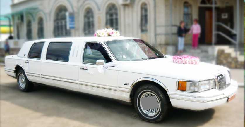 Lincoln Town Car, 1992 год, 260 000 руб.