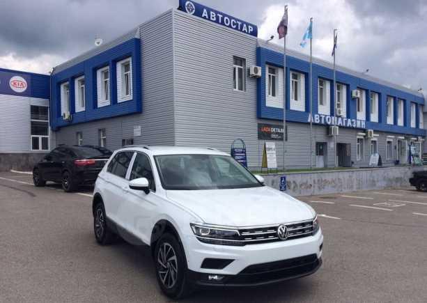 Volkswagen Tiguan, 2018 год, 1 630 000 руб.