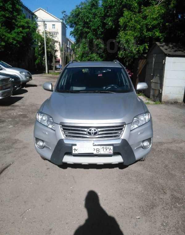 Toyota RAV4, 2011 год, 800 000 руб.