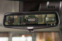 Дополнительное оборудование: Беспроводное индукционное зарядное устройство; Ионизатор воздуха в салоне; Зеркало заднего вида с возможностью передачи потокового видео; Солнцезащитная сетка для задних пассажиров