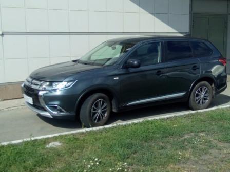 Mitsubishi Outlander 2017 - отзыв владельца