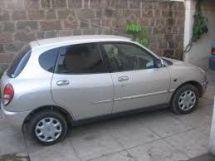Toyota Duet, 1999