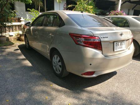 Toyota Vios 2013 - отзыв владельца
