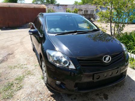 Toyota Auris 2011 - отзыв владельца