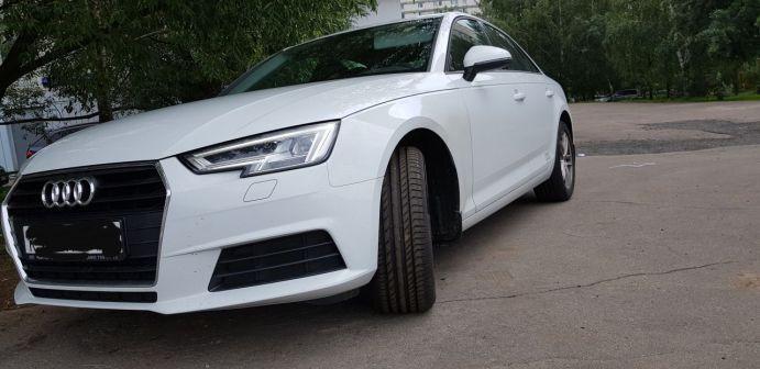 Audi A4 2018 - отзыв владельца