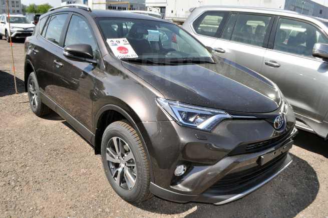 Toyota RAV4, 2018 год, 1 932 000 руб.