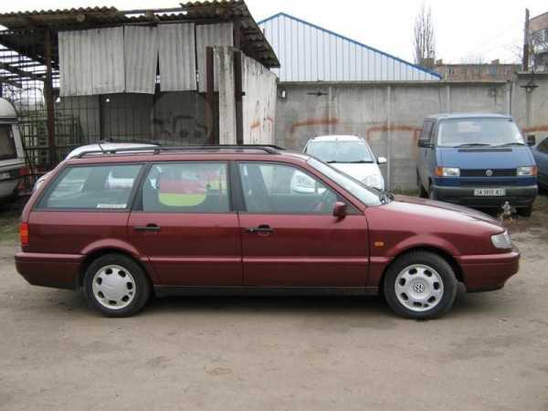 Volkswagen Passat, 1995 год, 135 000 руб.
