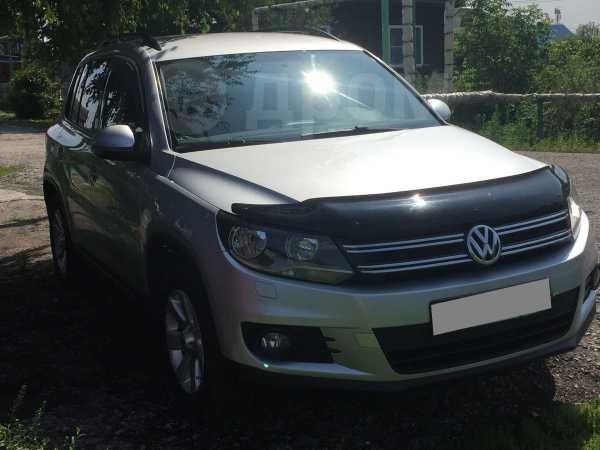 Volkswagen Tiguan, 2012 год, 659 999 руб.